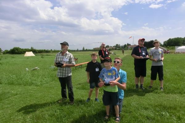 2015-06-13-schnupperflugtag-397C0236C8C-F8E3-6165-20E0-1281D32CDD67.jpg